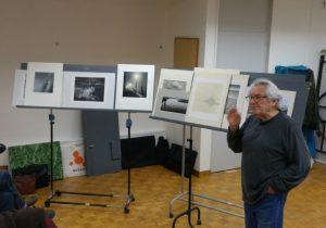 Roger commente des photographies